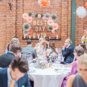 Nacka, bröllop, industriellt, DIY, Lavallhallen